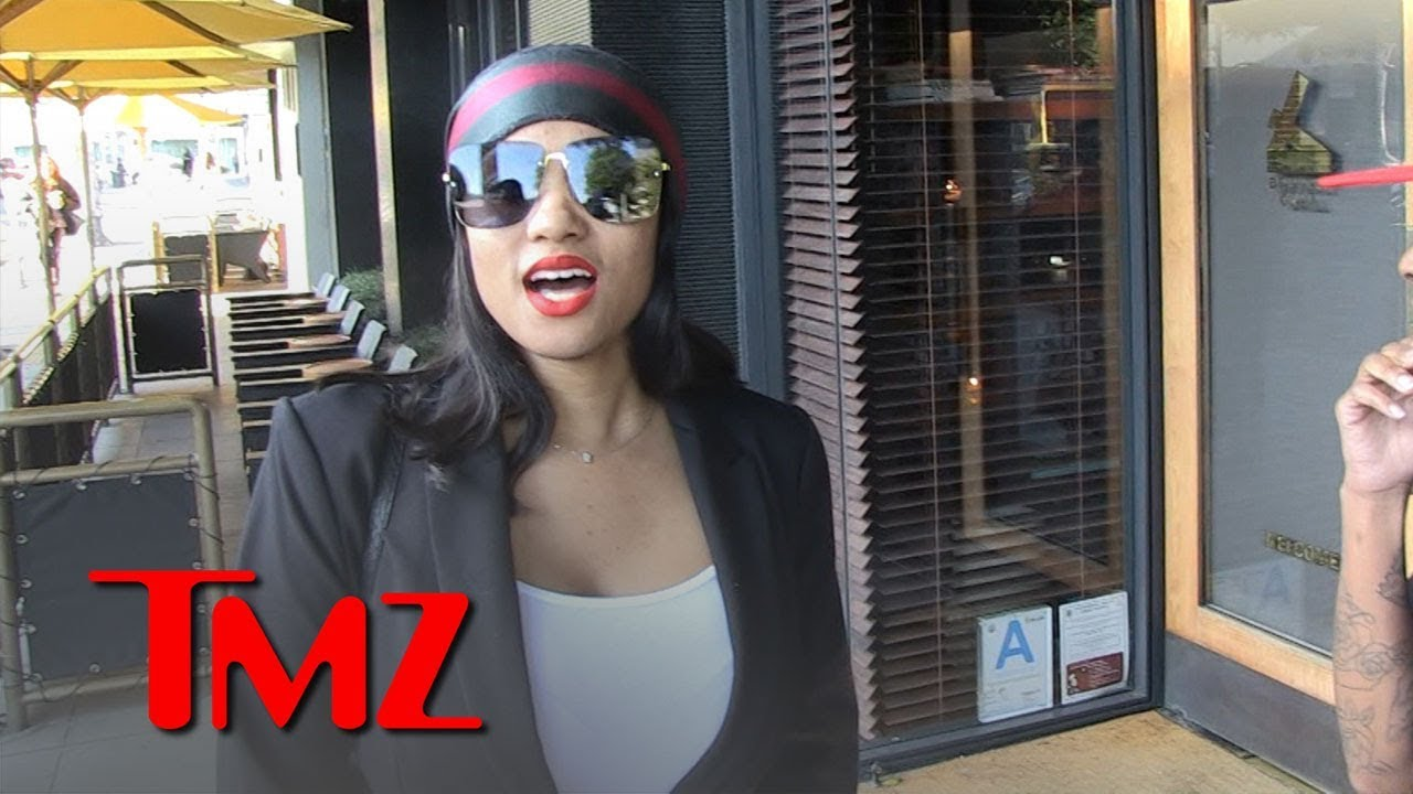 R. Kelly Alleged Sex Slave Joycelyn Savage Vacations without R. Kelly | TMZ 3
