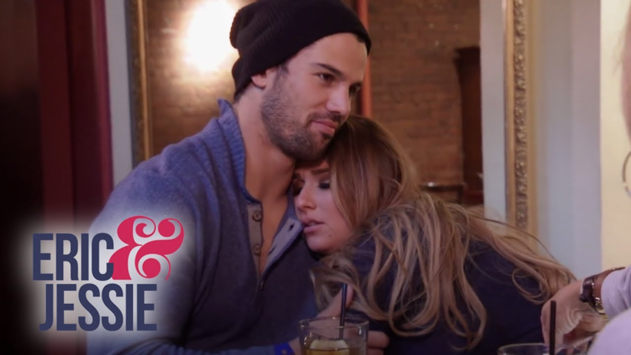 Eric Decker Surprises Jessie in NY | Eric & Jessie: Game On | E! 4