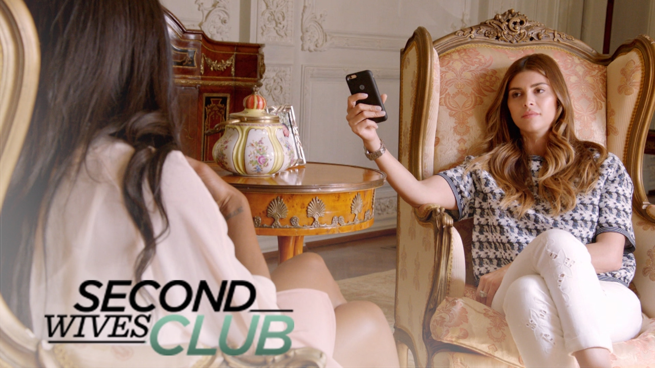 Tania Desperately Tries to Play Nice With Shiva & Veronika | Second Wives Club | E! 4