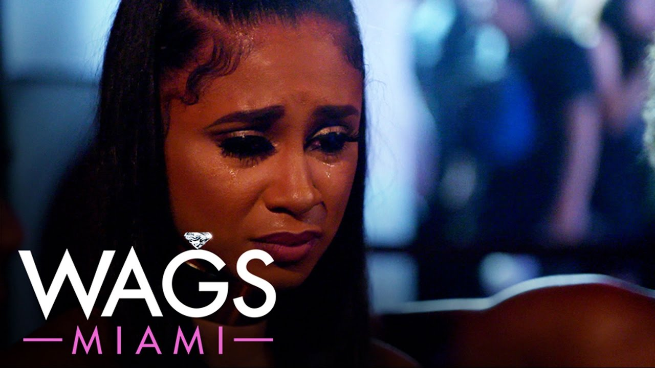 WAGS Miami | Reshad Jones Wants Engagement Ring Back | E! 4