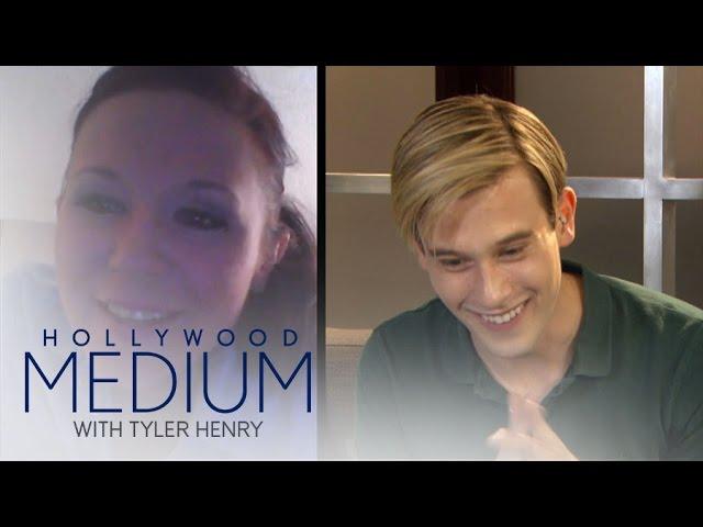"Tyler Henry Reads a Lucky ""Hollywood Medium"" Fan | Hollywood Medium with Tyler Henry | E! 5"