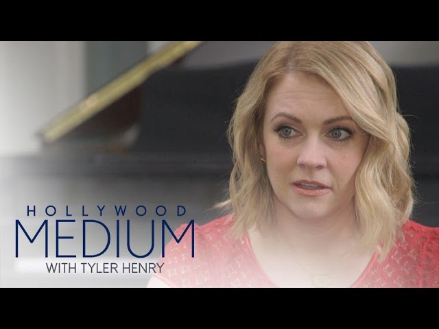 Melissa Joan Hart Gets Read by Tyler Henry | Hollywood Medium with Tyler Henry | E! 4