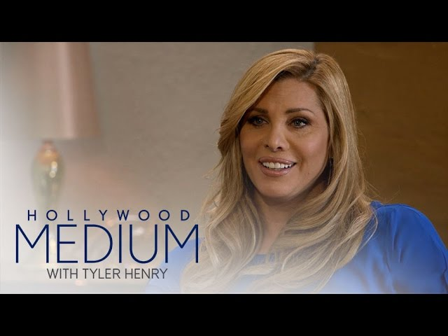 Tyler Henry Connects With Candis Cayne's Grandmother | Hollywood Medium with Tyler Henry | E! 1