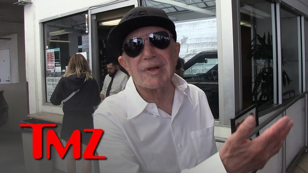 Robert Shapiro Says Kim Kardashian Can Join His Firm Once She's a Lawyer | TMZ 3