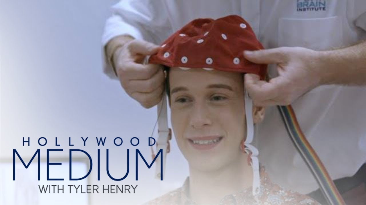Tyler Henry Takes ASMR to Another Level | Hollywood Medium | E! 1
