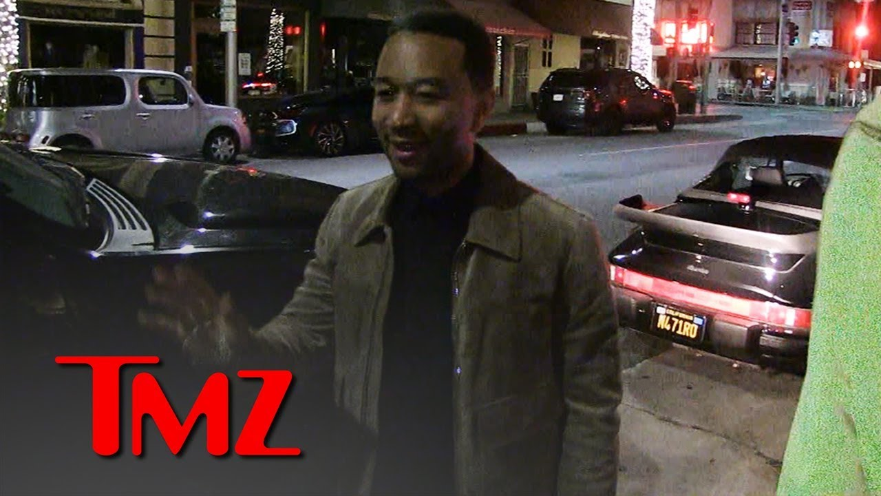 John Legend Gets Upstaged by Chrissy Teigen, and She Wasn't Even with Him | TMZ 4