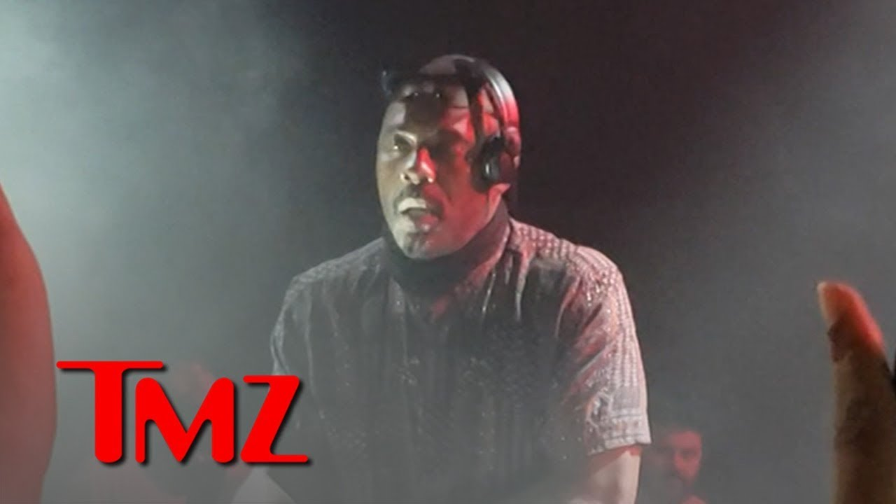 Idris Elba DJ's at Coachella Week 2 and Shows How It's Done 5