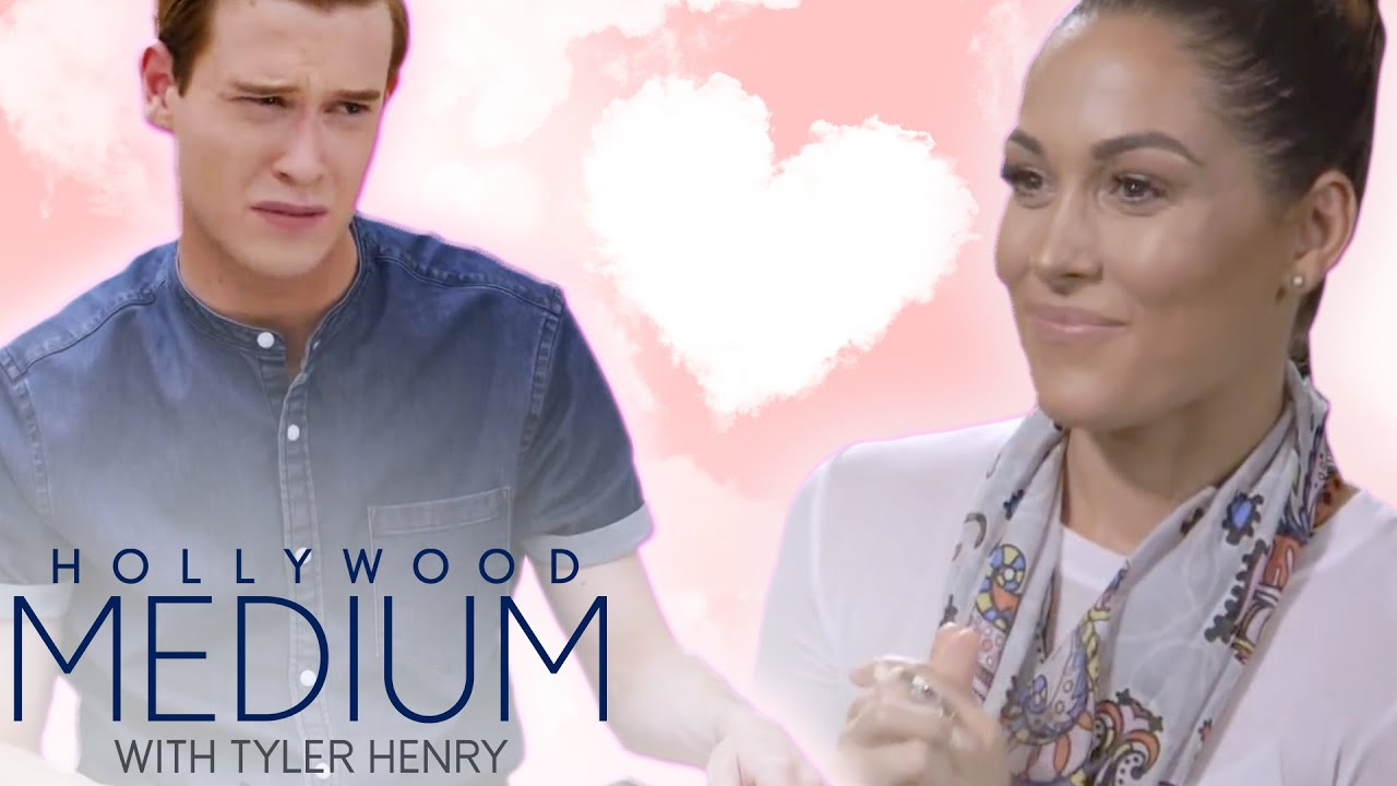 Tyler Henry Discovers Tragic Lost Love Stories | Hollywood Medium | E! 2