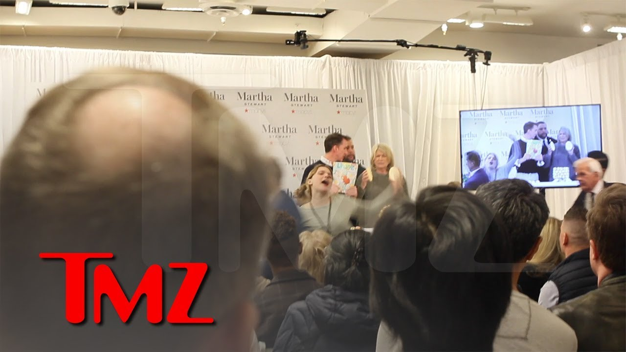 Martha Stewart Freaked Out By Anti-Fur Activist, Cancels Book Signing | TMZ 5
