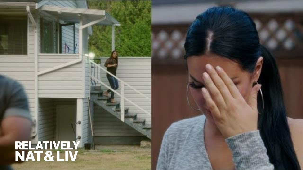 Natalie Halcro Gets Emotional Visiting Childhood Home | Relatively Nat & Liv | E! 1